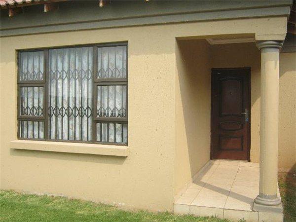 Boksburg, Klippoortjie Property    Houses To Rent Klippoortjie, Klippoortjie, House 1 bedrooms property to rent Price:,  4,00*