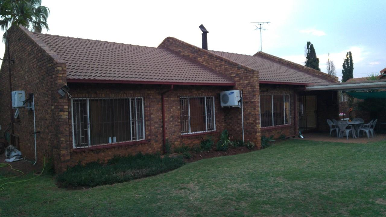 Springs, Dersley Property  | Houses For Sale Dersley, Dersley, House 4 bedrooms property for sale Price:930,000