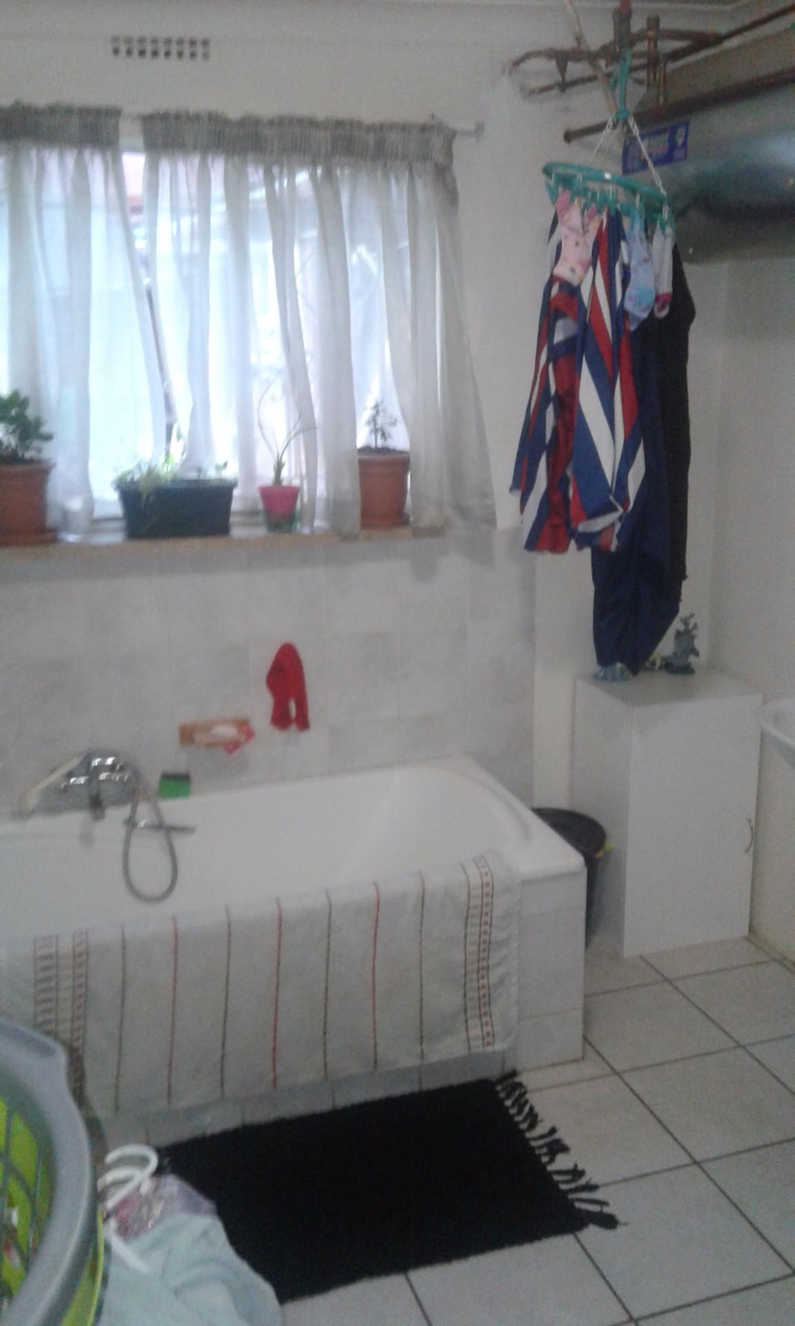 Kempton Park, Kempton Park Property    Houses For Sale Kempton Park, Kempton Park, House 8 bedrooms property for sale Price:1,938,000