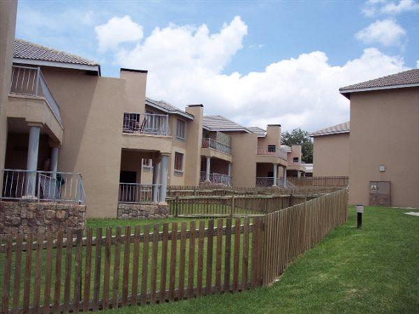 Sandton, Paulshof Property  | Houses For Sale Paulshof, Paulshof, Townhouse 2 bedrooms property for sale Price:1,200,000