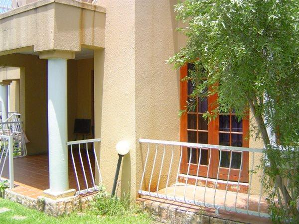 Sandton, Paulshof Property  | Houses For Sale Paulshof, Paulshof, Townhouse 2 bedrooms property for sale Price:1,080,000