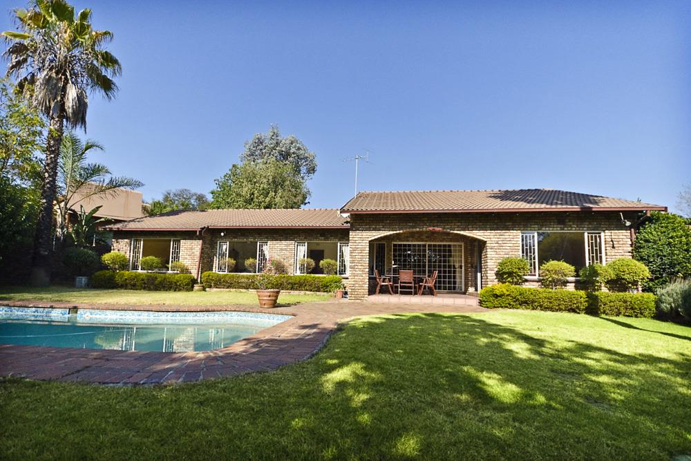 Sandton, Lonehill Property  | Houses For Sale Lonehill, Lonehill, House 4 bedrooms property for sale Price:3,300,000