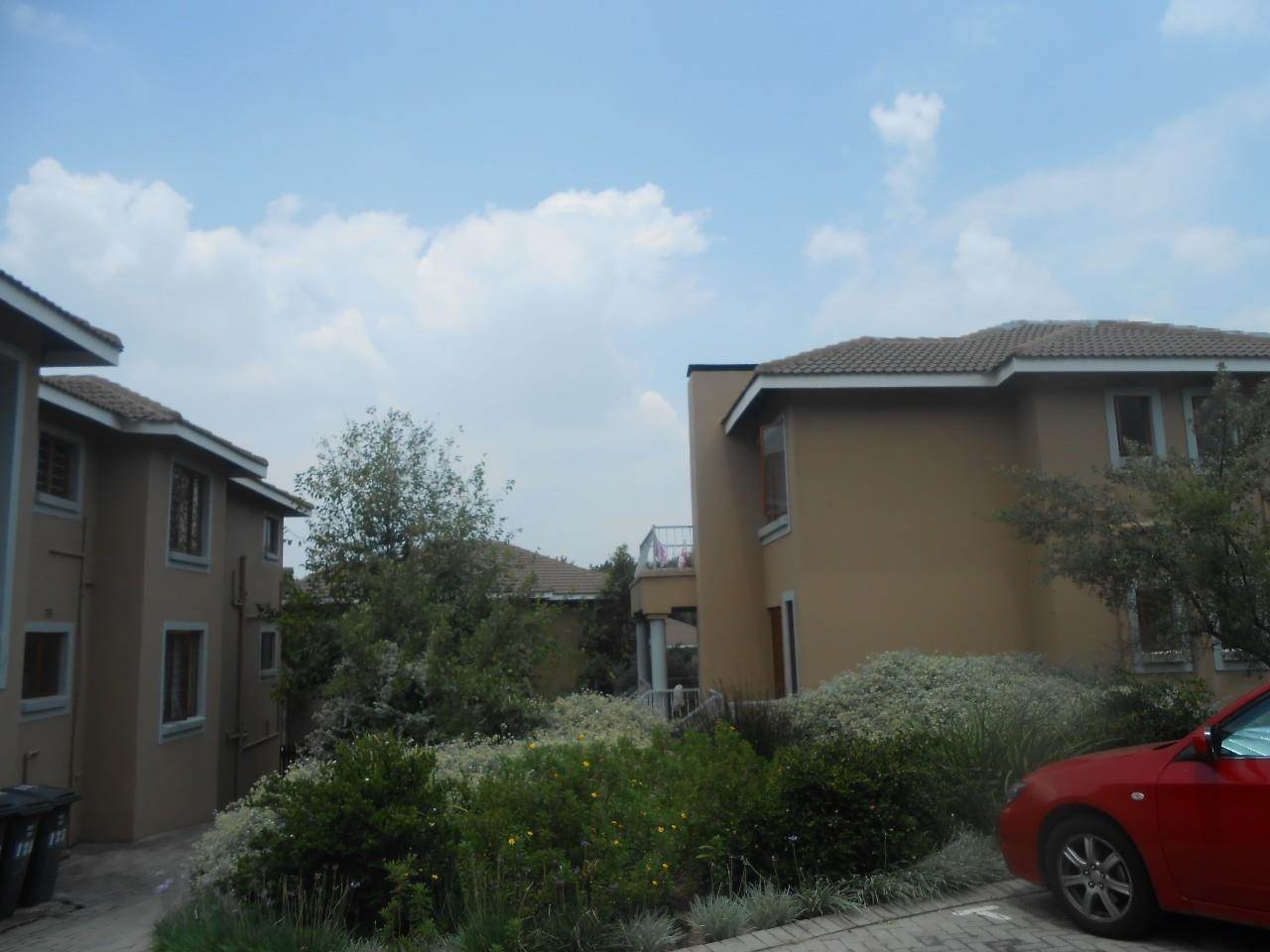 Sandton, Paulshof Property  | Houses For Sale Paulshof, Paulshof, Apartment 2 bedrooms property for sale Price:1,000,000