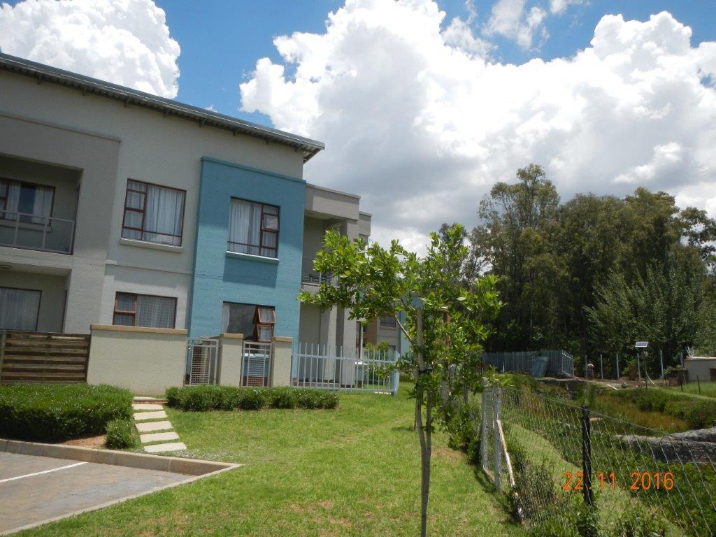Sandton, Paulshof Property  | Houses To Rent Paulshof, Paulshof, Townhouse 2 bedrooms property to rent Price:,  7,00*
