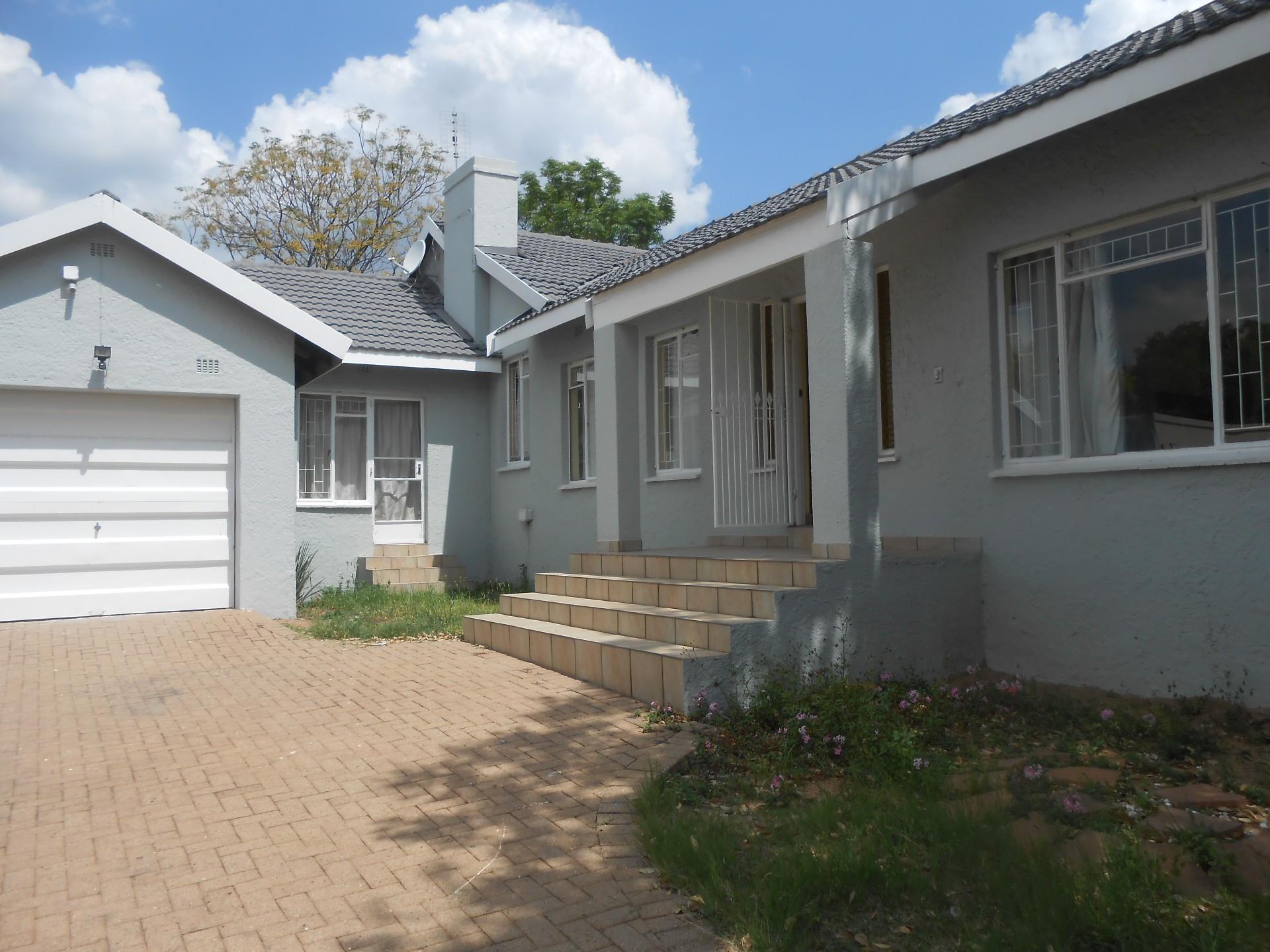 Randburg, Johannesburg North Property    Houses For Sale Johannesburg North, Johannesburg North, House 4 bedrooms property for sale Price:1,800,000