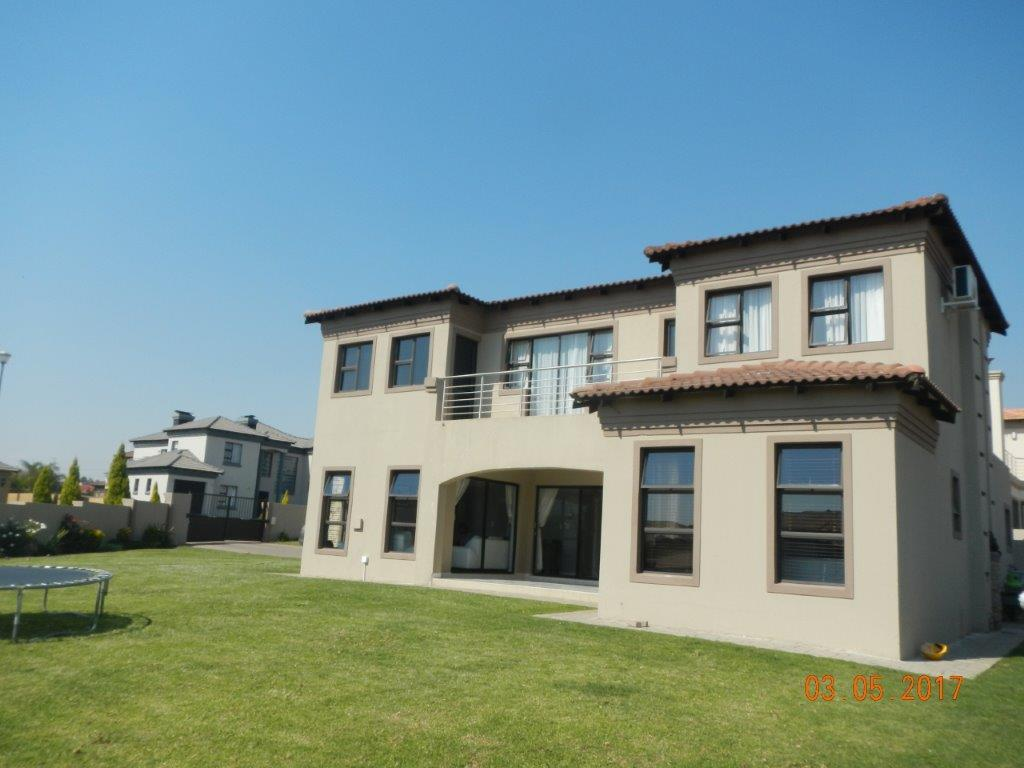 Midrand, Crescent Wood Country Estate Property  | Houses For Sale Crescent Wood Country Estate, Crescent Wood Country Estate, House 4 bedrooms property for sale Price:3,100,000