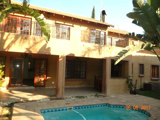 Sandton, Beverley Property    Houses To Rent Beverley, Beverley, Cluster 4 bedrooms property to rent Price:, 20,00*