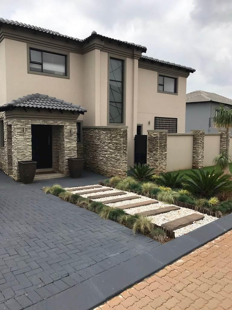 Krugersdorp, Homes Haven Property  | Houses For Sale Homes Haven, Homes Haven, House 3 bedrooms property for sale Price:2,680,000