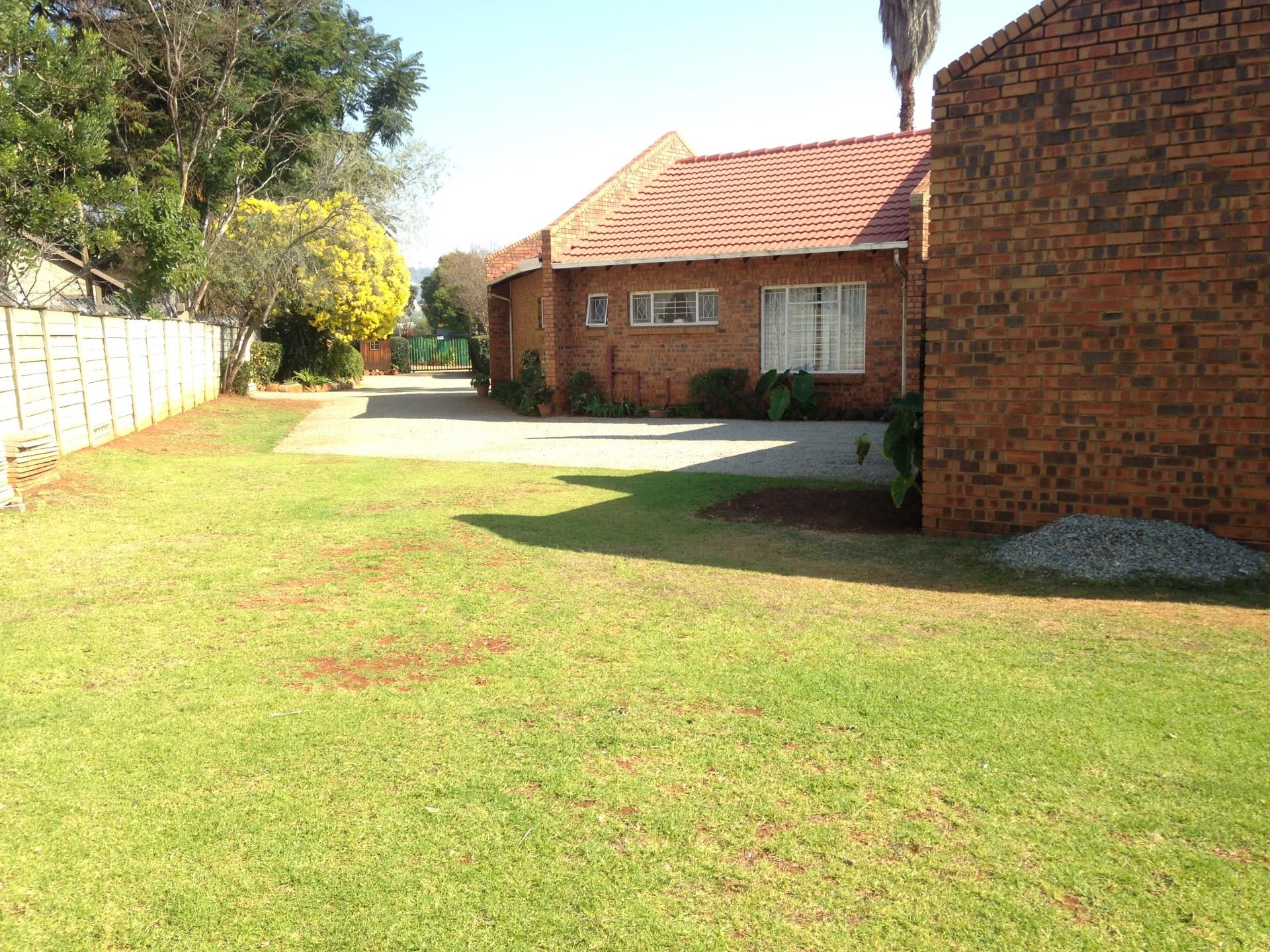 Randburg, Fairland Property  | Houses To Rent Fairland, Fairland, House 4 bedrooms property to rent Price:, 16,00*