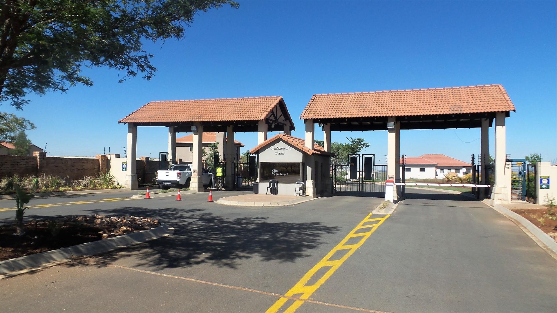 122 Rustenburg, Wildtuin Park, Krugersdorp - ZAF (photo 2)