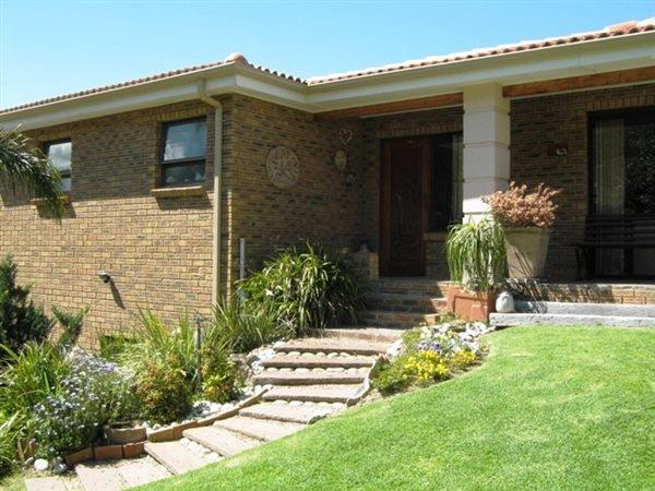 Hermanus, Northcliff Property  | Houses For Sale Northcliff, Northcliff, House 3 bedrooms property for sale Price:3,700,000