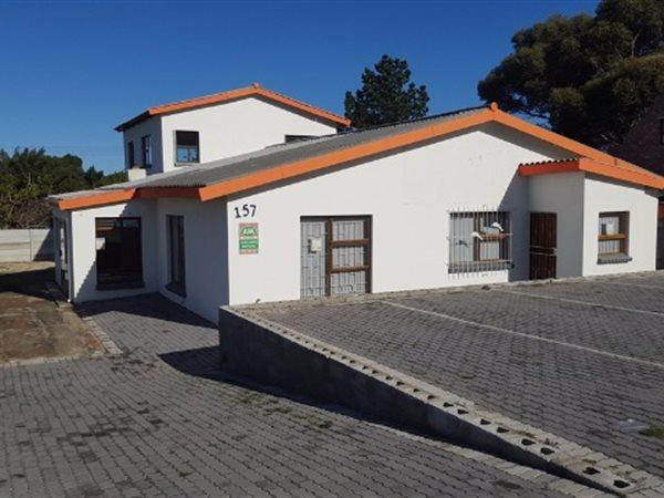 Kleinmond, House 4 bedrooms property for sale Price:1,750,000