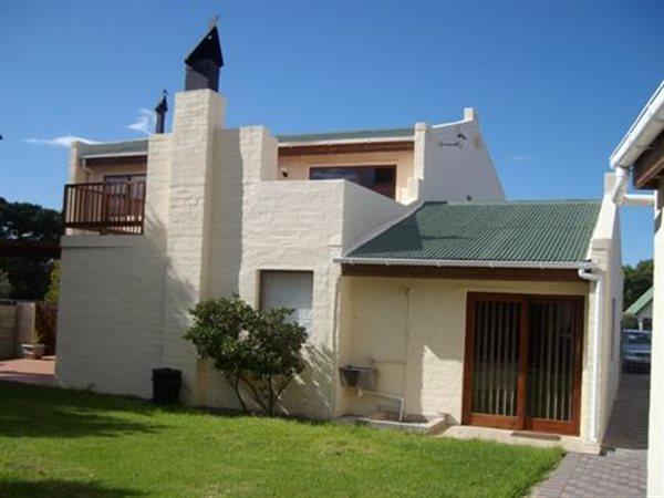 Kleinmond, House 4 bedrooms property for sale Price:1,695,000