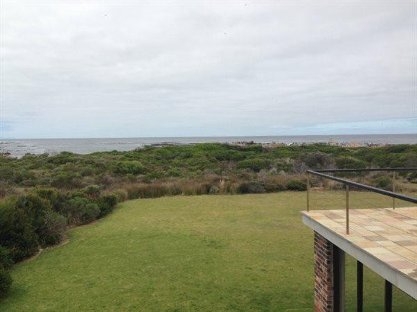 Bettys Bay property for sale. Ref No: 13447074. Picture no 2