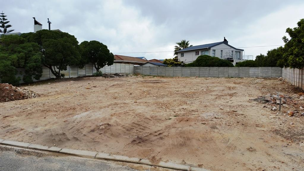 Sandbaai, Vacant Land  property for sale Price:1,075,000