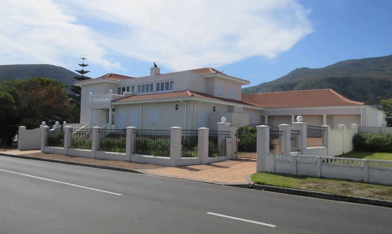 Hermanus, Voelklip Property  | Houses For Sale Voelklip, Voelklip, House 5 bedrooms property for sale Price:16,500,000