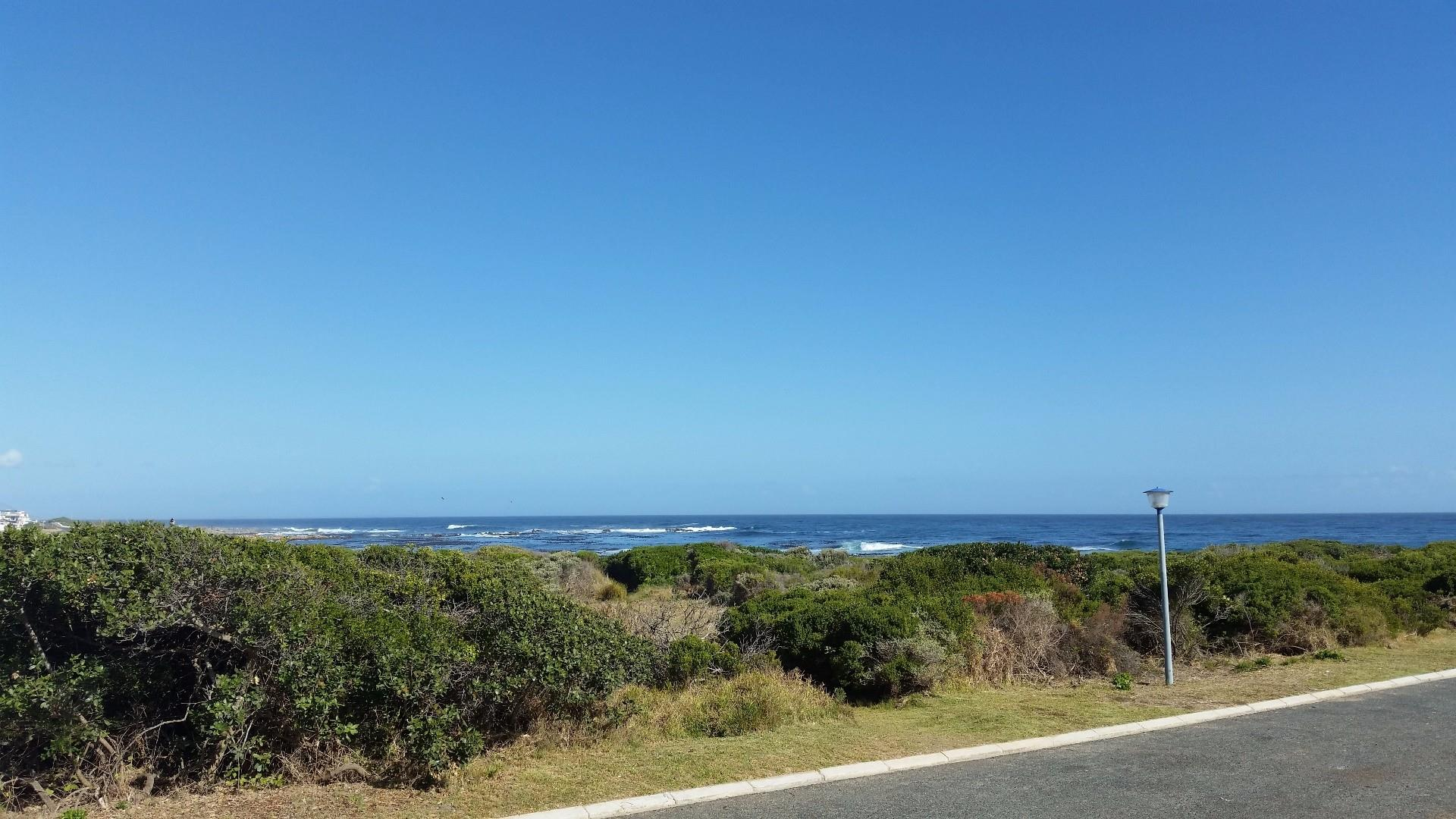 Sandbaai, Vacant Land  property for sale Price:3,700,000