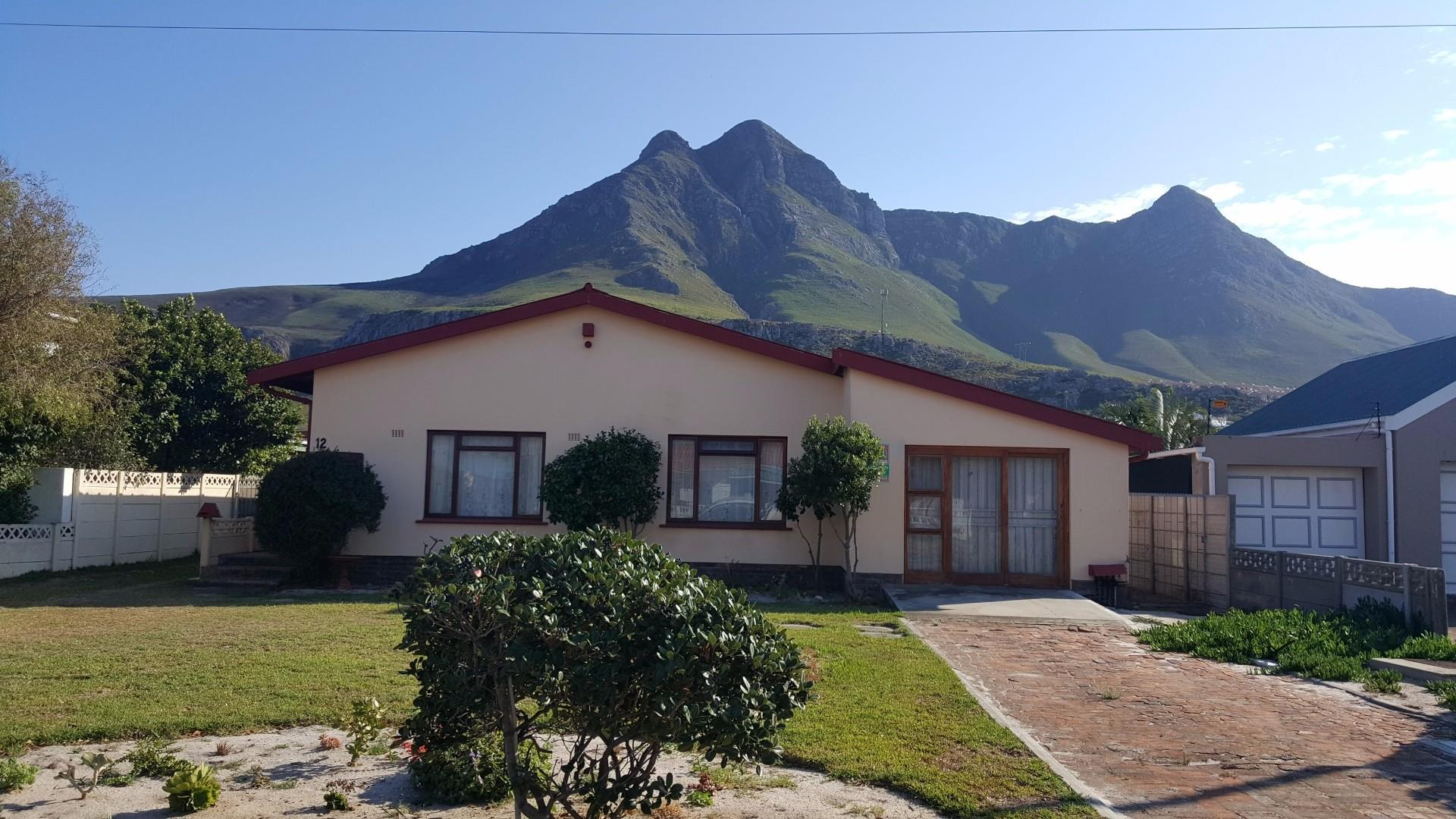 Kleinmond, Palmiet Property  | Houses For Sale Palmiet, Palmiet, House 4 bedrooms property for sale Price:1,295,000