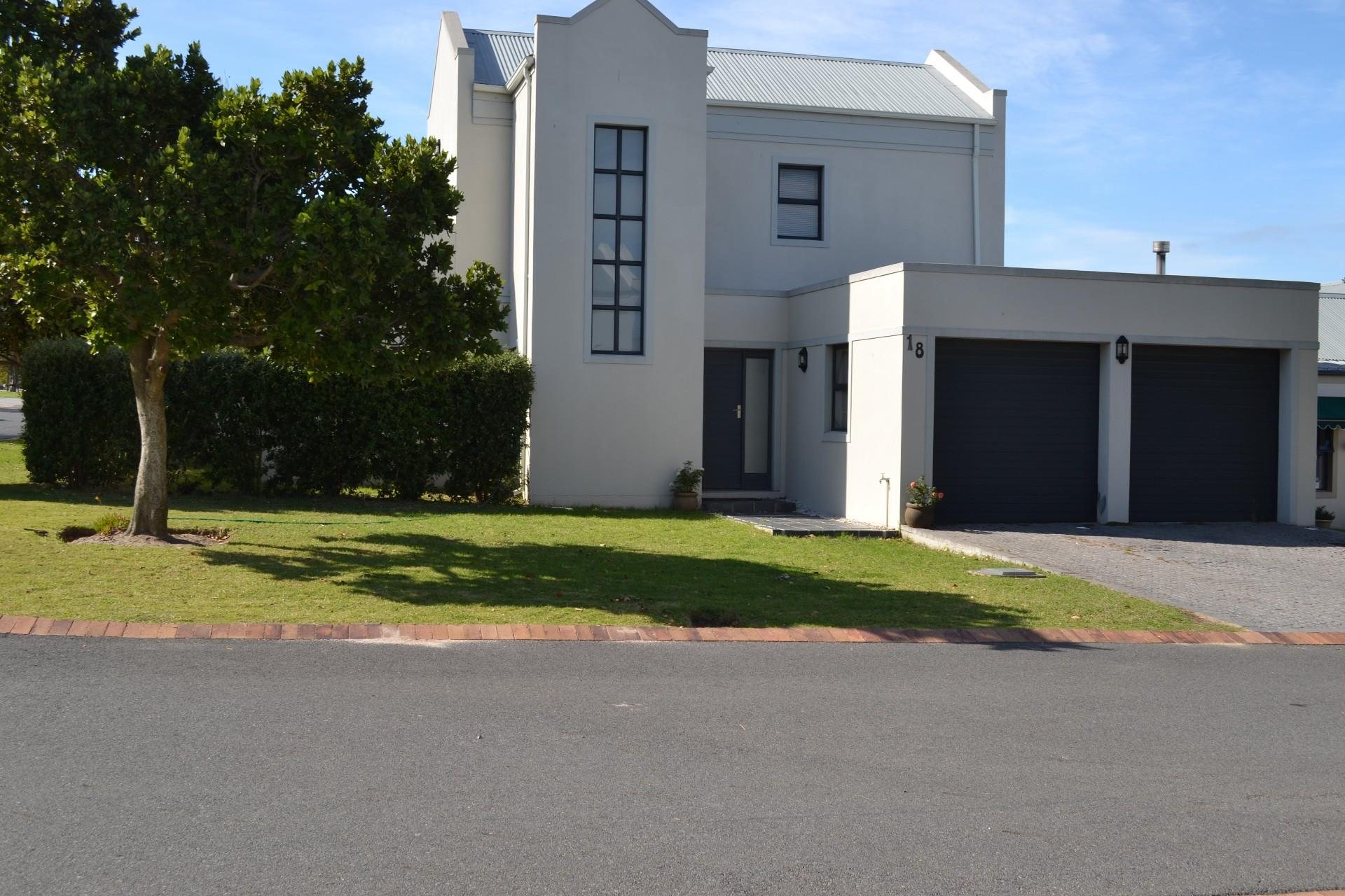 Hemel en Aarde Estate, House 3 bedrooms property for sale Price:3,250,000