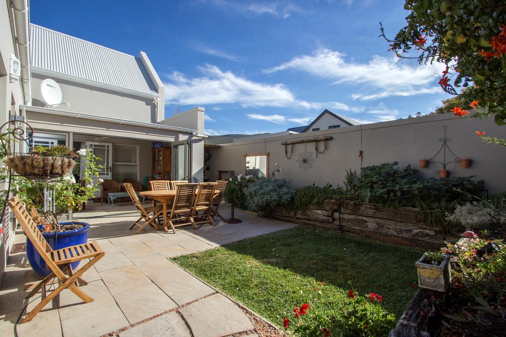 Hemel en Aarde Estate, House 3 bedrooms property for sale Price:2,900,000