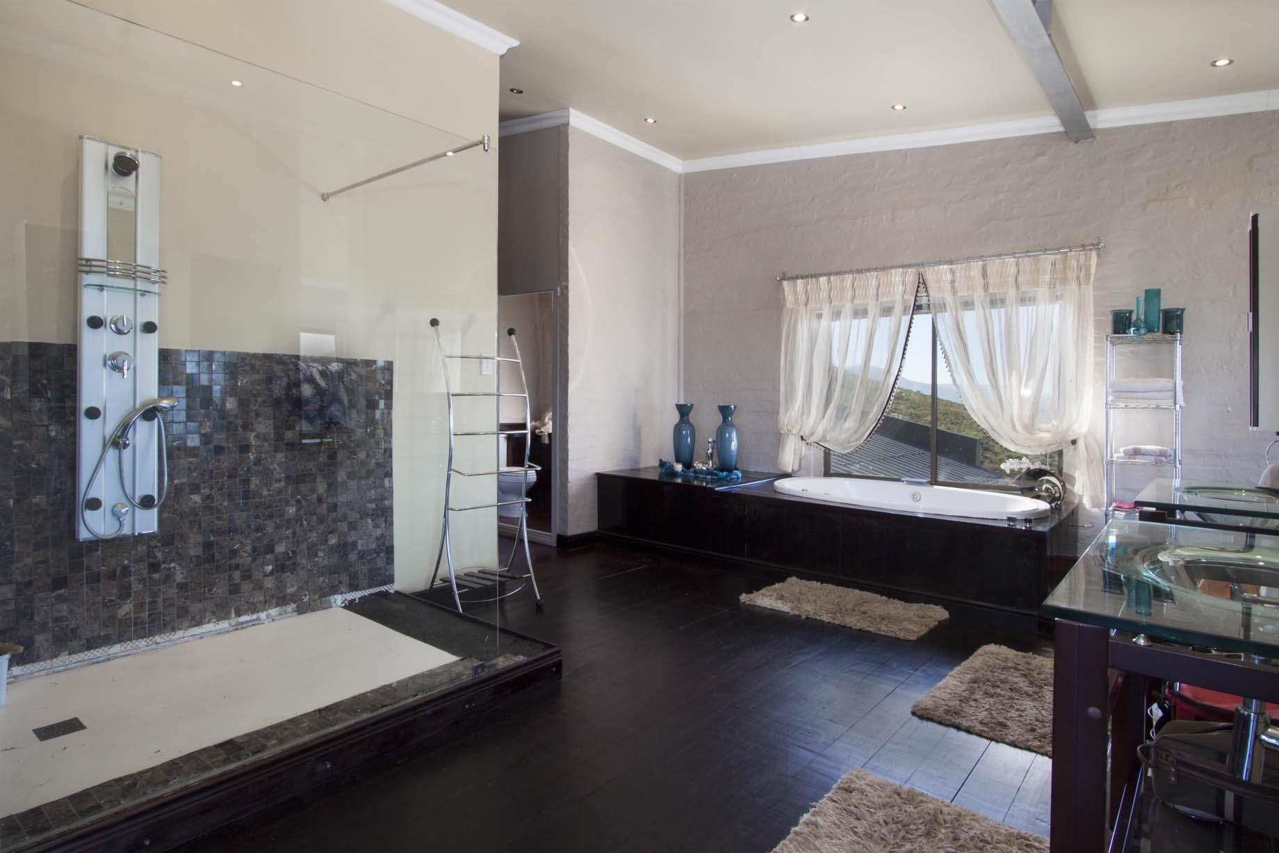 Bettys Bay property for sale. Ref No: 13446758. Picture no 5