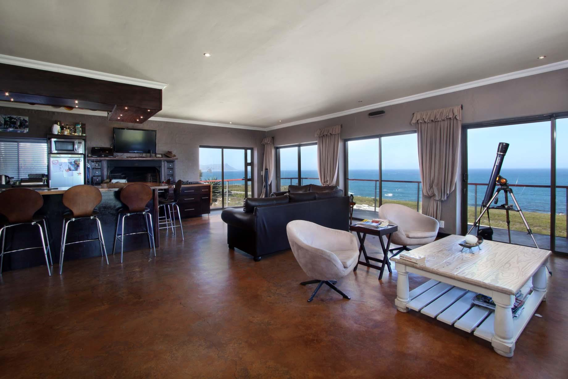 Bettys Bay property for sale. Ref No: 13446758. Picture no 16
