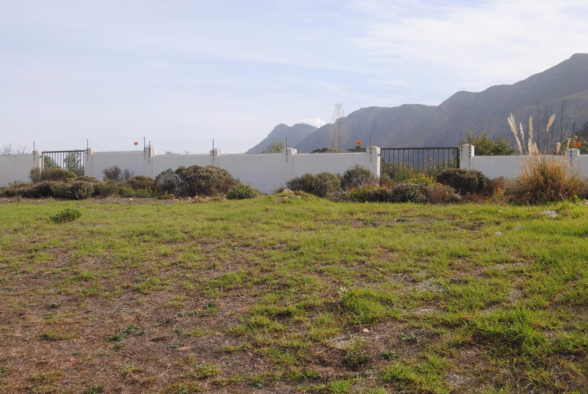 Sandbaai property for sale. Ref No: 13488272. Picture no 2