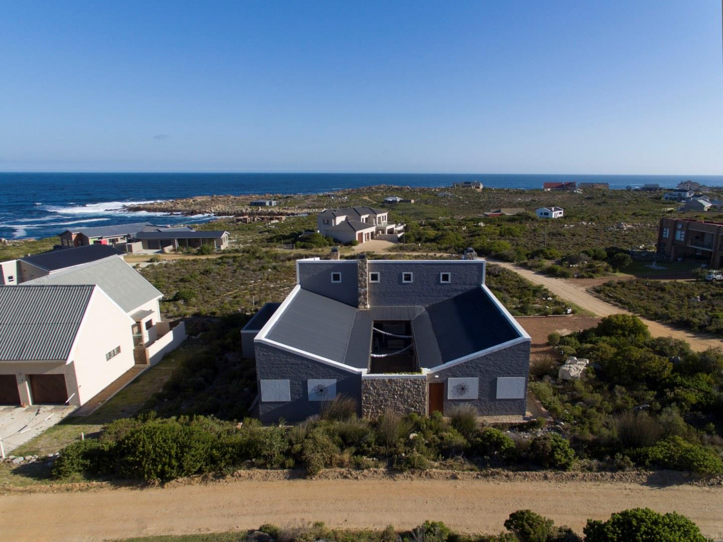 Bettys Bay property for sale. Ref No: 13458491. Picture no 2