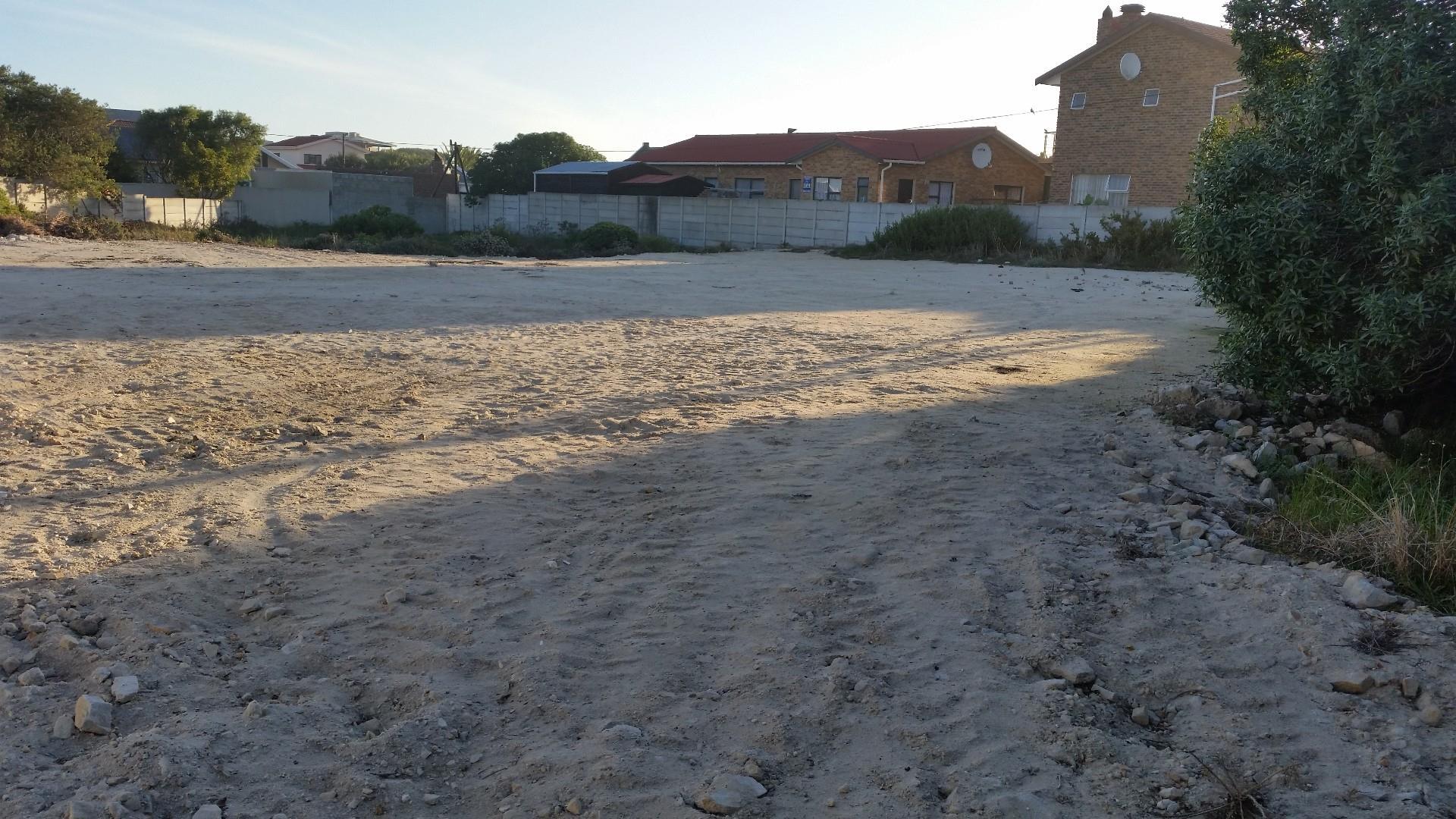Sandbaai property for sale. Ref No: 13491878. Picture no 4