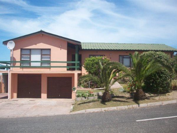 Saldanha, Bluewater Bay Property  | Houses For Sale Bluewater Bay, Bluewater Bay, House 4 bedrooms property for sale Price:1,585,000