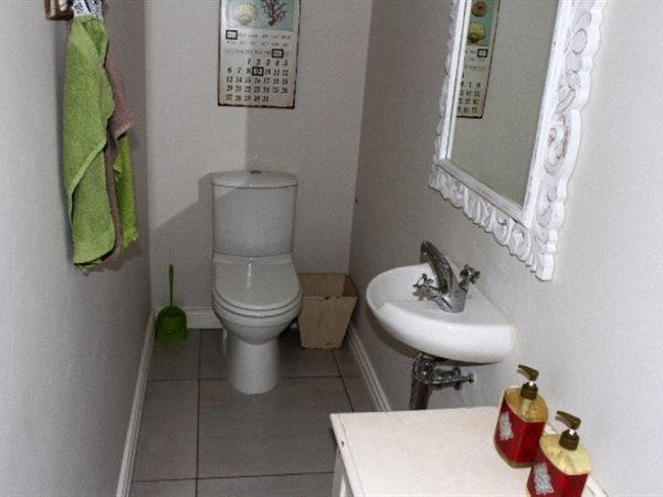 Jacobsbaai property for sale. Ref No: 13447697. Picture no 13