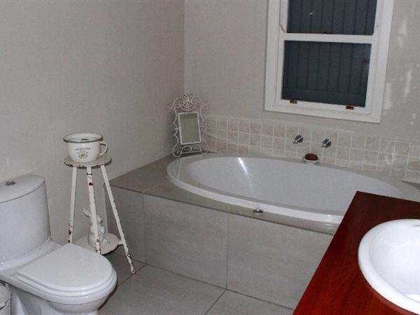 Jacobsbaai property for sale. Ref No: 13447697. Picture no 16