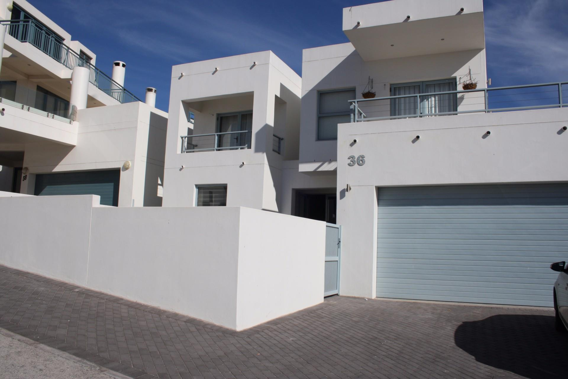 Langebaan, Paradise Beach Property  | Houses For Sale Paradise Beach, Paradise Beach, House 4 bedrooms property for sale Price:3,150,000