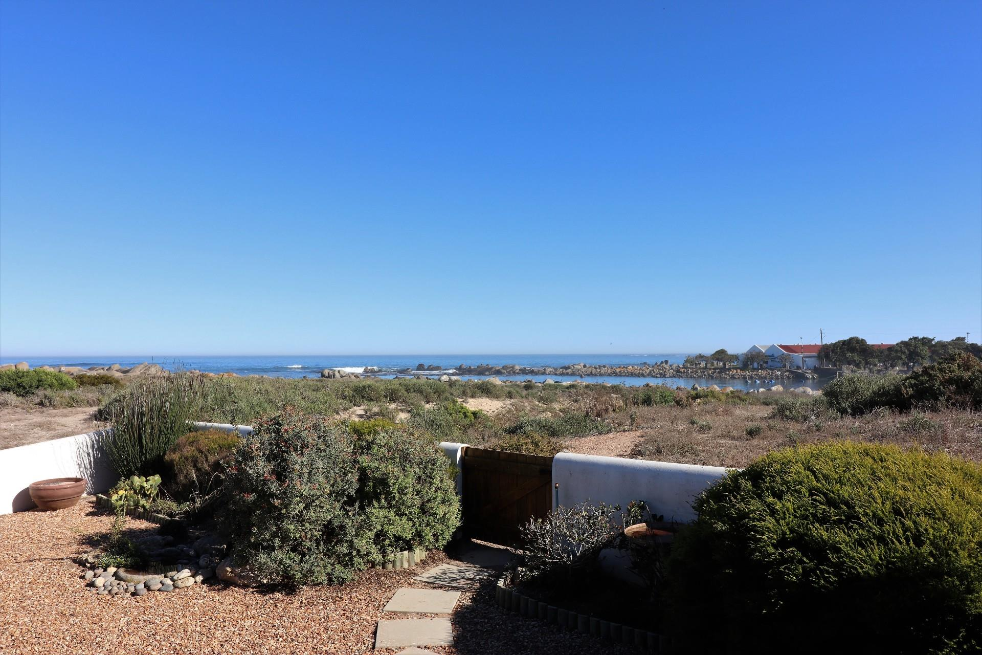 Jacobsbaai property for sale. Ref No: 13490444. Picture no 10