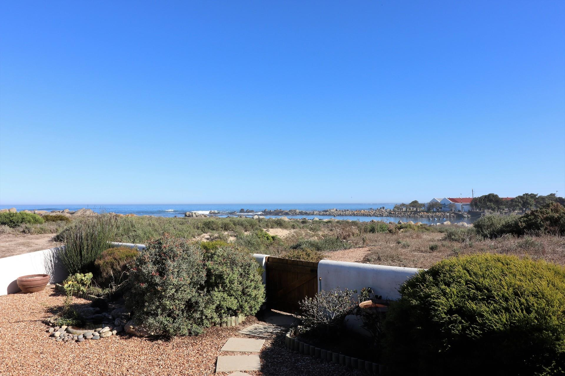 Jacobsbaai property for sale. Ref No: 13490444. Picture no 11