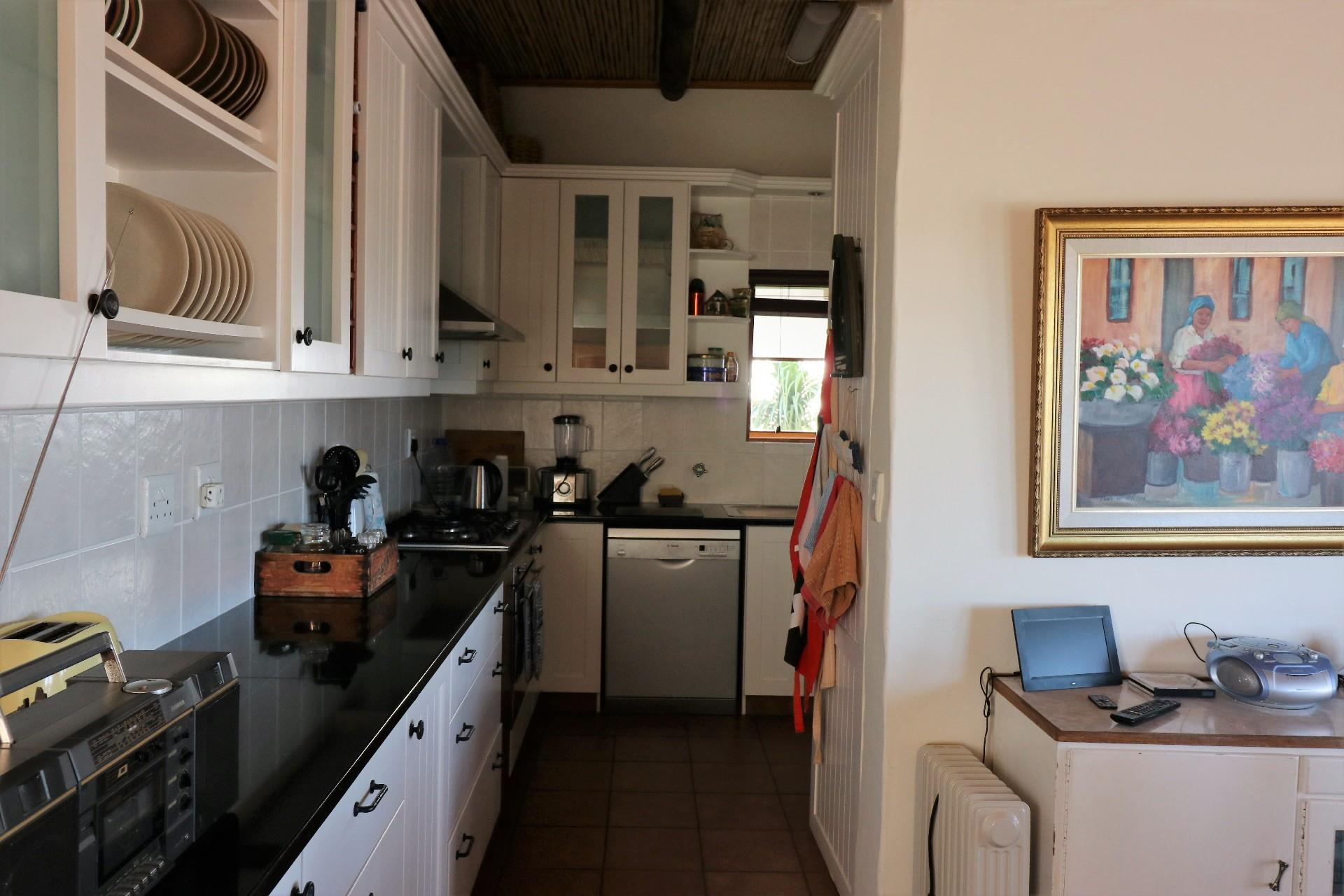 Jacobsbaai property for sale. Ref No: 13490444. Picture no 19