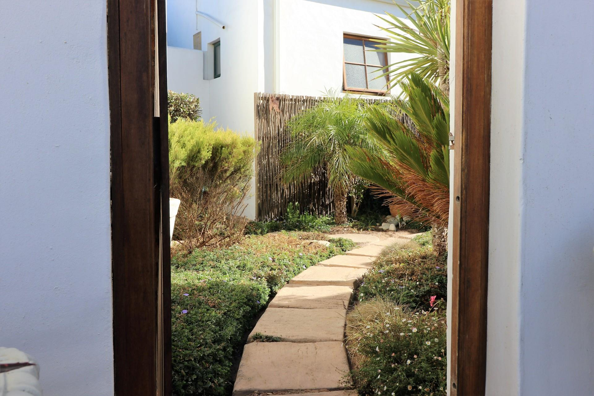 Jacobsbaai property for sale. Ref No: 13490444. Picture no 37