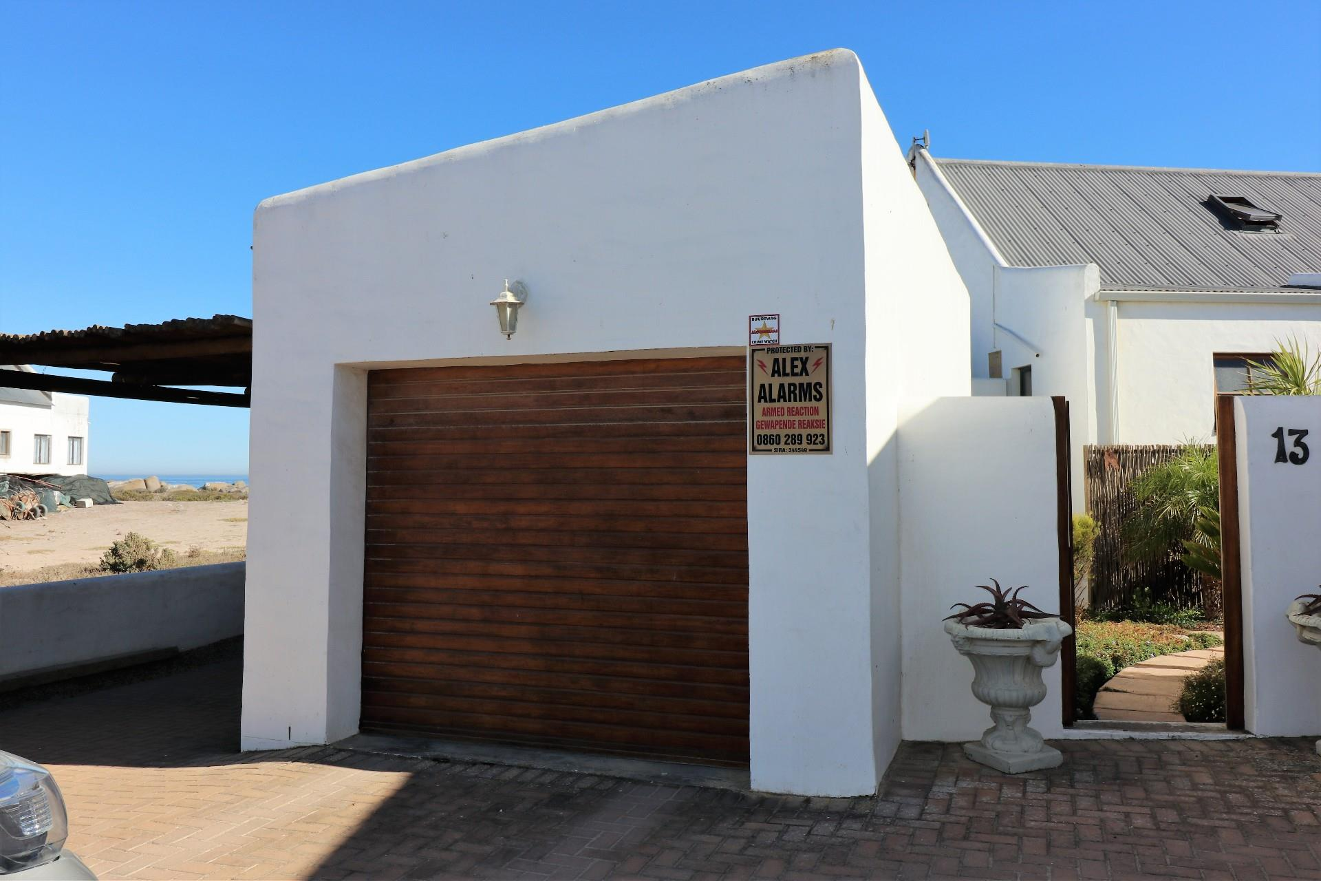 Jacobsbaai property for sale. Ref No: 13490444. Picture no 38