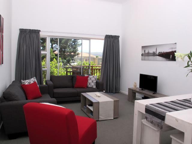Property Plettenberg Bay : Houses To Rent Plettenberg Bay (All), Goose Valley, House 2 bedrooms property to rent Price:,  3,00*