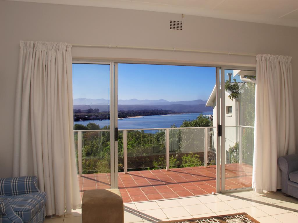 Lookout Beach property for sale. Ref No: 13489691. Picture no 5