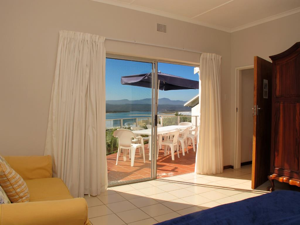 Lookout Beach property for sale. Ref No: 13489691. Picture no 6