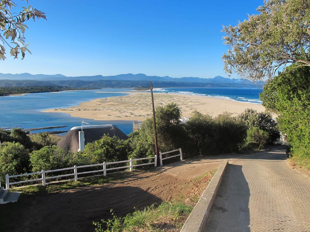 Lookout Beach property for sale. Ref No: 13489691. Picture no 13