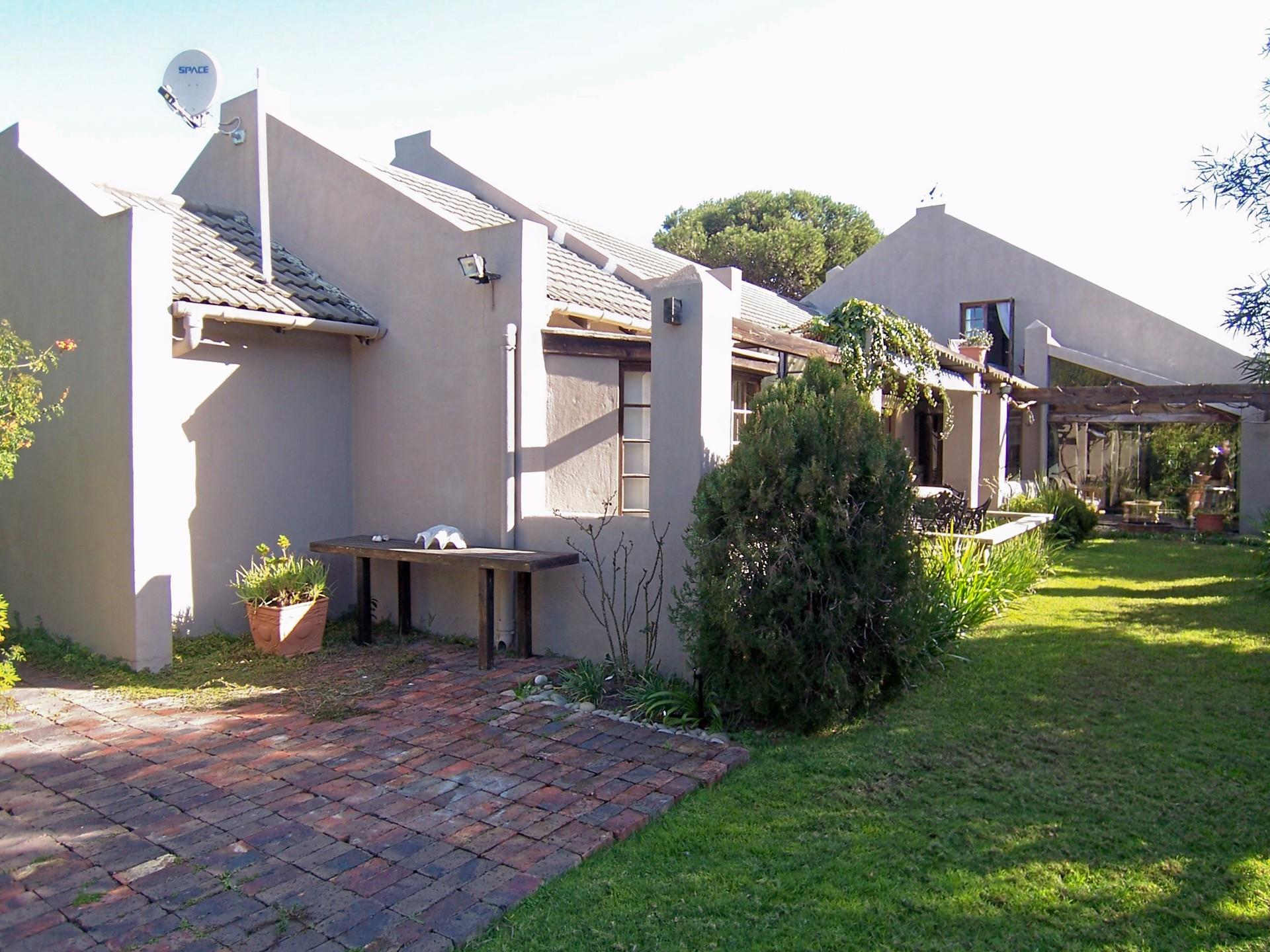 House for sale in Lower Robberg