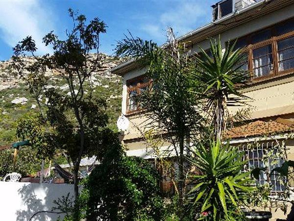 Kalk Bay property for sale. Ref No: 13445982. Picture no 3