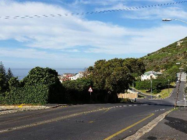 Kalk Bay property for sale. Ref No: 13445982. Picture no 4