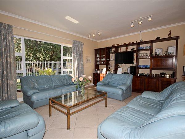 Sun Valley property for sale. Ref No: 13445989. Picture no 17