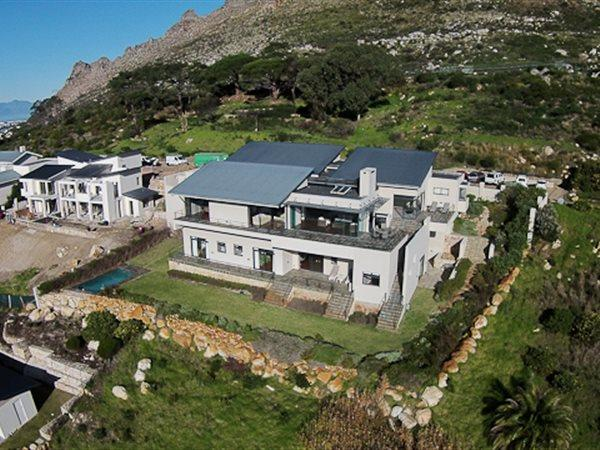 Cape Town, Tokai Property  | Houses For Sale Tokai, Tokai, House 4 bedrooms property for sale Price:25,750,000