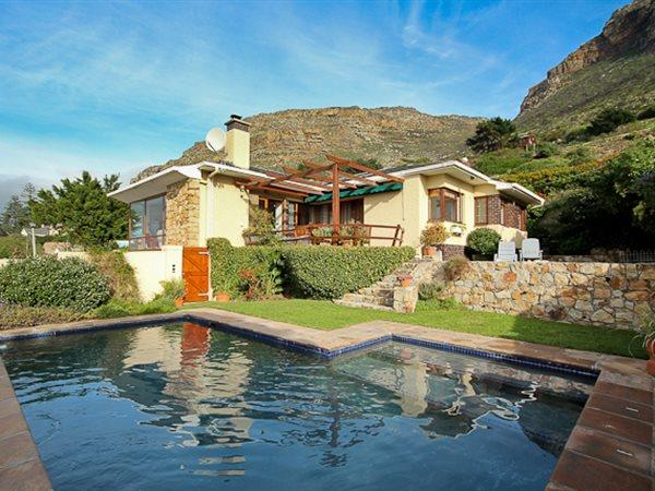 Muizenberg, House 4 bedrooms property for sale Price:5,850,000