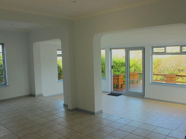 Glencairn Heights property for sale. Ref No: 13445997. Picture no 2