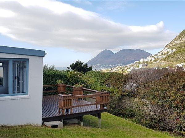 Glencairn Heights property for sale. Ref No: 13445997. Picture no 14